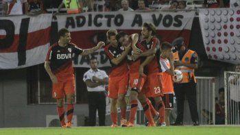 impecable debut de river: goleo a quilmes por 5 a 1 en el monumental