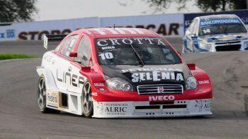 manu urcera logro su primera victoria en el super tc2000