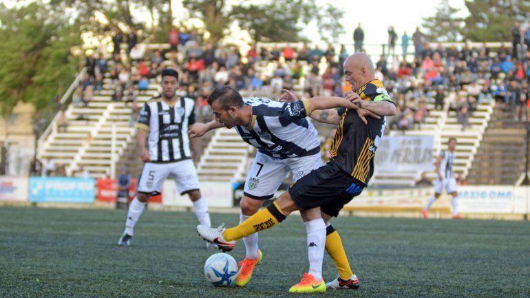 Cipo y Deportivo Madryn no se sacaron ventaja en la Visera