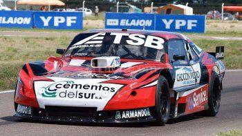 Manu Urcera ganó la segunda serie del TC corrida en Trelew.