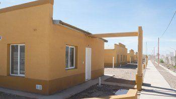 Las viviendas que se entregarán se encuentran detrás del hospital.