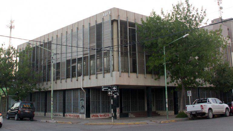 Los trámites de adopción se realizan en los Tribunales de Roca y Sarmiento.