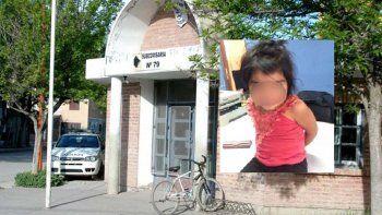 indignante: policias encontraron a una nena de 3 anos caminando sola por la zona norte