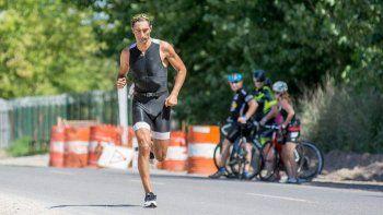 Asquinazi competirá en triatlón.