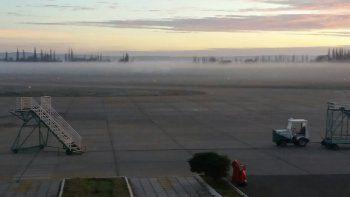 por la niebla, se suspendieron los vuelos al aeropuerto de neuquen