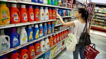 Artículos de limpieza y lácteos lideran aumentos en los super