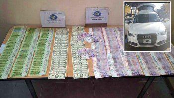 Atraparon a dos hombres con $200 mil falsos y un Audi