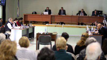 Bronca por las absoluciones en el juicio la Escuelita IV