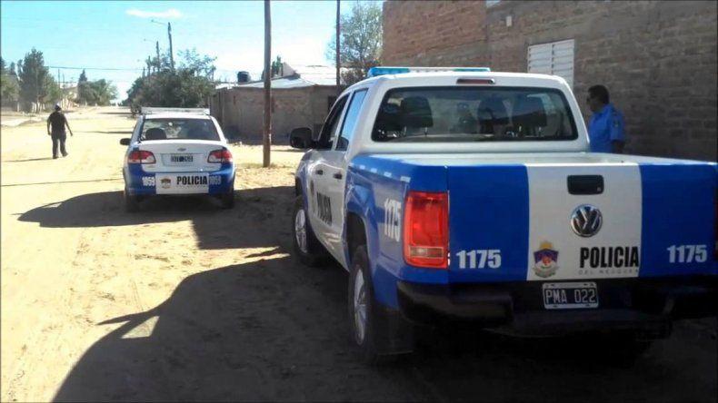 Rodeado por la Policía, un delincuente se roció con nafta y amenazó con prenderse fuego