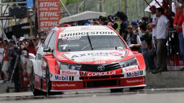 Matías Rossi ganó la primera carrera en Roca