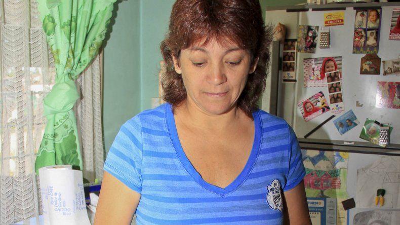 Paola padece mal de Chagas y ahora encontró una vinchuca en su casa.