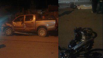 Un motociclista murió tras chocar brutalmente contra una camioneta