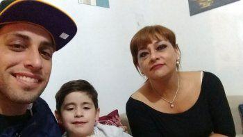 Sosa junto a su hijo Bautista y su madre Norma
