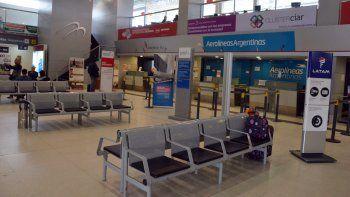 ¿que hacer con los pasajes de latam y aerolineas argentinas?