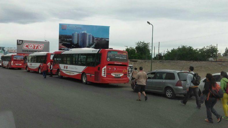 Forman una agencia para coordinar el transporte en la Confluencia