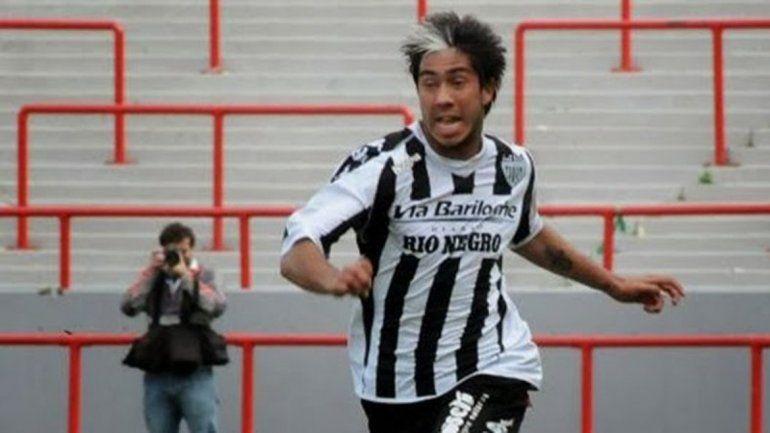 Santi Vergara, camino a su mejor gol