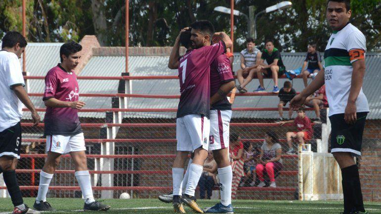 Confluencia se juega el boleto a octavos ante Independiente.