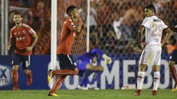 El Rojo llegó ayer a Río de Janeiro y ya está preparado para buscar la gloria en el mítico Maracaná.