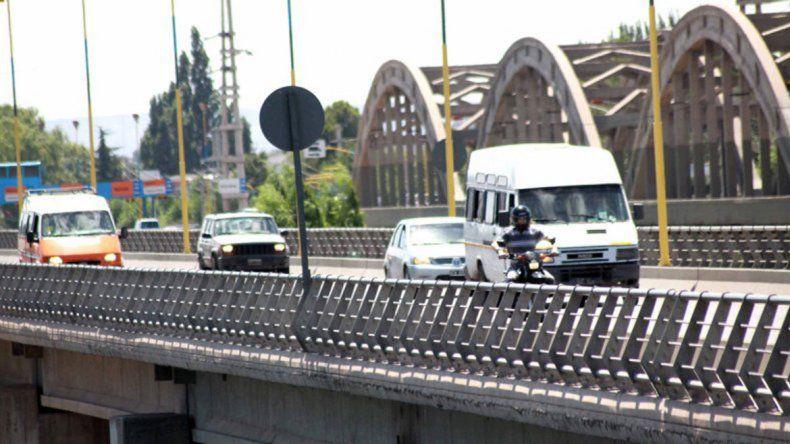 Los puentes carreteros son el objetivo de una protesta.