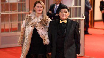 Diego Maradona no asistirá a la boda de su hija Dalma ¿El motivo? Su novia Rocío Oliva está en la lista negra.