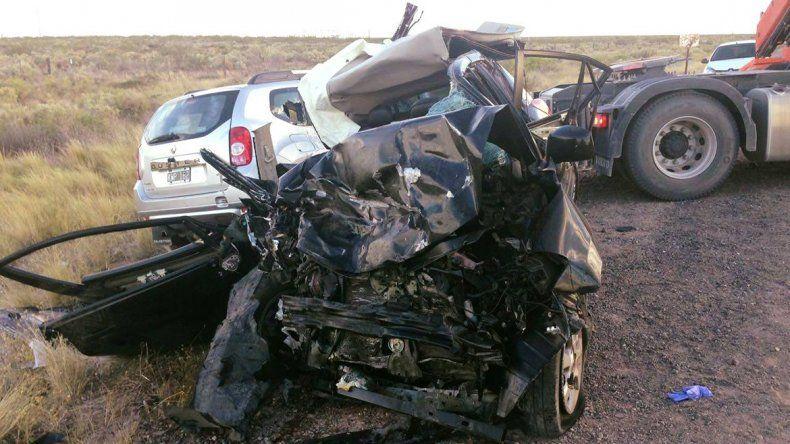 Tragedia: choque frontal deja tres muertos y dos heridos graves
