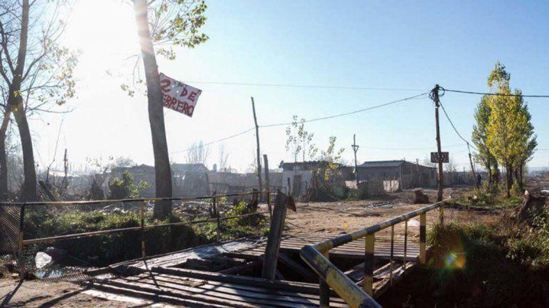 Encontraron muerto en una acequia a un joven de Anai Mapu