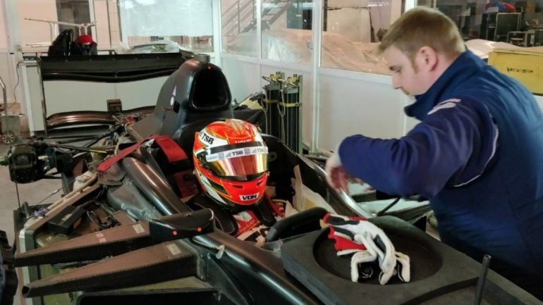 Manu Urcera  probó un GP2 en España