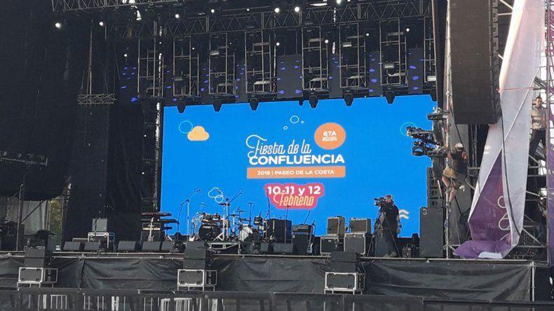 Escenario principal de la Fiesta de la Confluencia