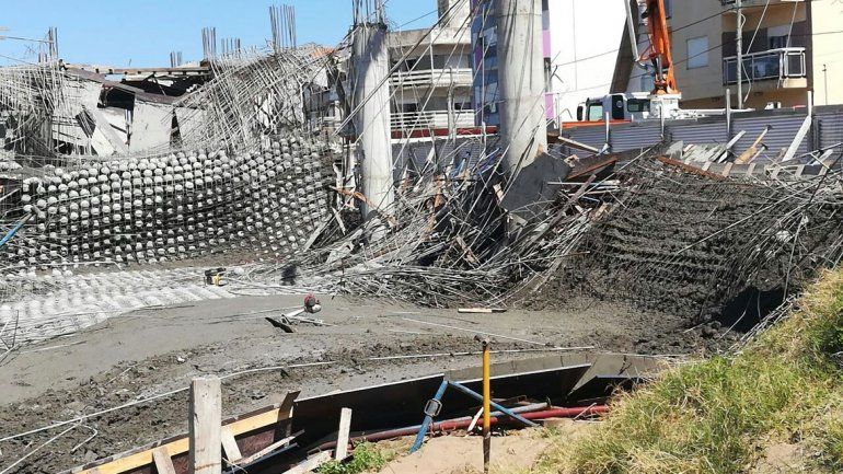 Santa Teresita: seis obreros murieron tras derrumbarse una losa en una obra en construcción