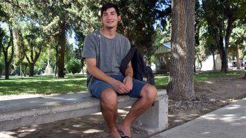 el joven que devolvio $150 mil recibio una beca y lo llamo macri