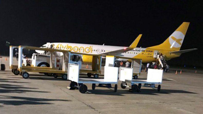 Después de 6 horas de espera y dos aviones descartados, partió un vuelo a Neuquén