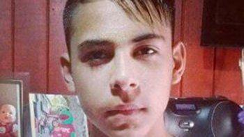 La víctima es un chico de 15 años, quien tocó uno de los postes de luz.