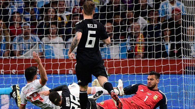 Argentina no encontró respuesta y perdió por goleada ante España