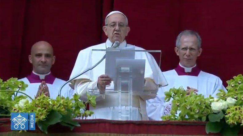 En su bendición de Pascua, Francisco pidió paz para la Franja de Gaza, Venezuela y Siria