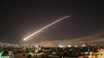 trump ordeno bombardear siria junto con francia y reino unido