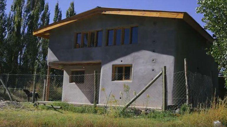 Construcción natural: aprender y levantar tu propia casa