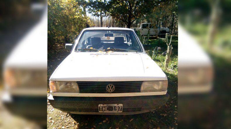 Se robaron un auto en Neuquén y lo abandonaron en el Pichi Nahuel