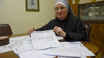 un hogar de ancianos no puede pagar las facturas de luz y gas