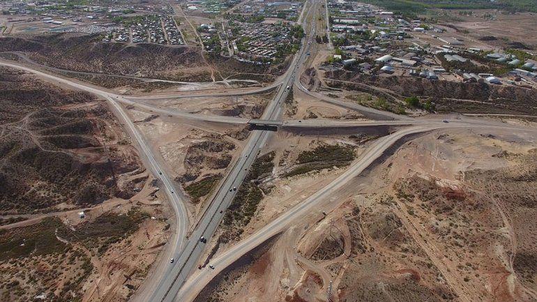 El tercer puente entre Cipolletti y Neuquén tendrá sus rulos recién el año que viene