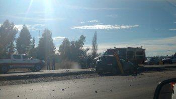 un hombre murio en un choque contra un camion en la ruta 22