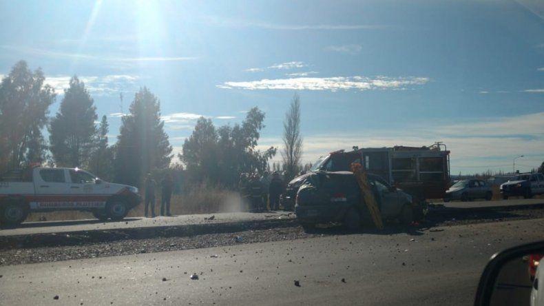 Un hombre murió en un choque contra un camión en la Ruta 22 en Plottier