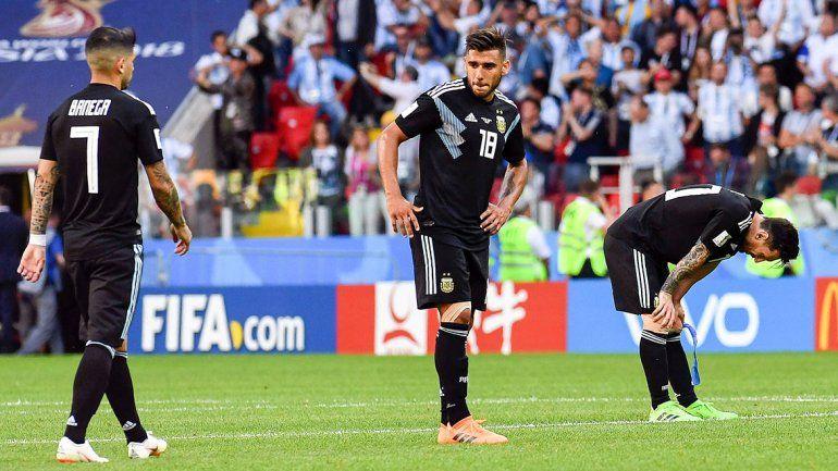 Desilusión argentina: Messi erró un penal y la Selección empató con Islandia en el debut