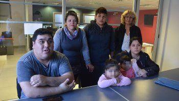 una mujer estafo a mas de 20 familias con casas prefabricadas