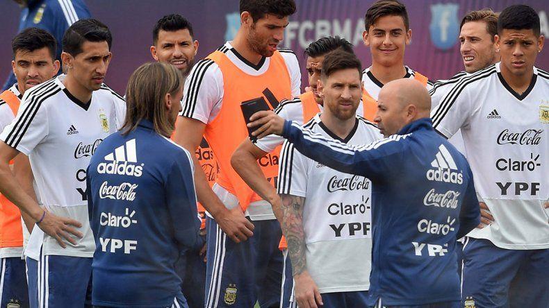 El video que viralizó la supuesta pelea entre Mascherano y Pavón en el medio del Mundial de Rusia
