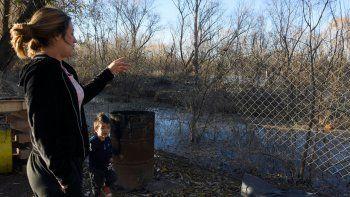 hay 534 personas en riesgo por la crecida del rio neuquen