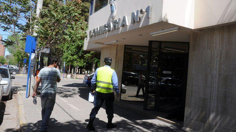 Detuvieron a un agente que estaba borracho a los tiros en Centenario