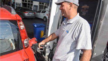 nuevo golpe al bolsillo: volvio a aumentar la nafta y el gasoil