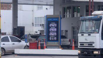 la suba de la nafta perforo el techo de los $29 en las ypf