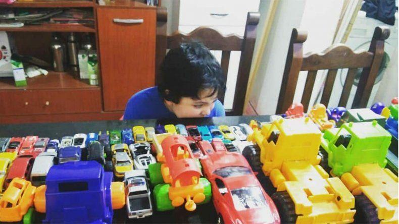 Un Día del Niño muy especial: trabajadores de Cliba sorprendieron a Donatto con un camión de juguete