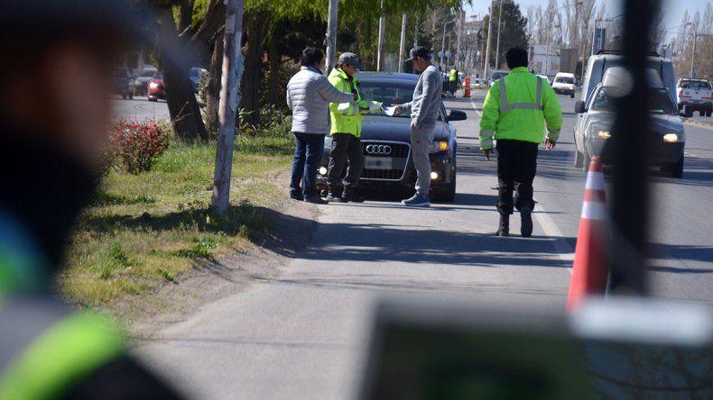 En el primer día de las multas con radares atraparon a 50 excedidos en la Ruta 22